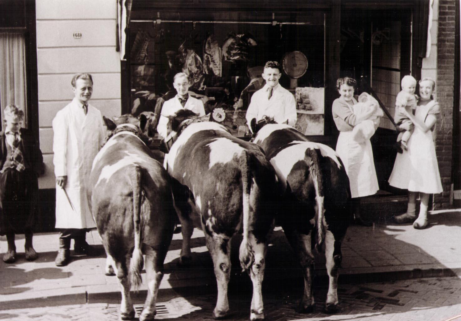 Met de koe voor de slagerij